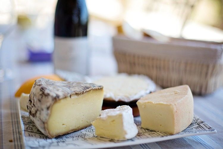 Cheese Industry Stance on Temporary Block of Imports